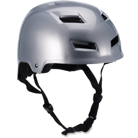 MTB The Fox Transition Hard Shell helmet offers hard-shell protection and skate-inspired styling for trail riding and dirt jumping. Tough ABS outer shell surrounds the impact-absorbing expanded polystyrene (EPS) lining to create a comfortable, wrapped fit. Chin strap webbing is anchored directly into the shell to improve strength and reduce overall bulkiness and weight. 11 strategically placed vents, designed to promote airflow, keep your head cool. Internal pads on the Fox Transition Hard Shell helmet are removable; additional extra-thick set of pads included. - $25.93