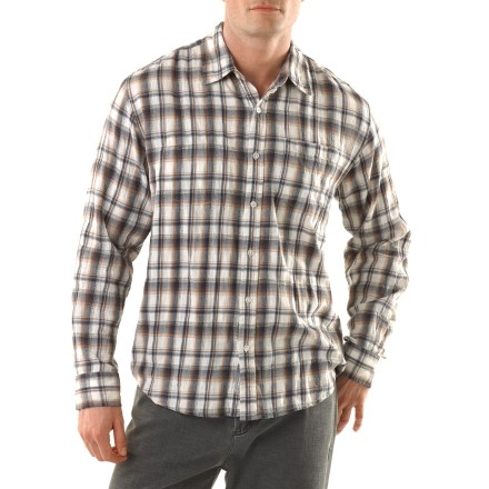 Plaid is not just a passing fad so get on board with the Horny Toad Mixologist shirt. Organic cotton is blended with a touch of spandex to give the shirt a comfortable amount of stretch. Exterior and interior patch pockets hold your essentials. - $35.83