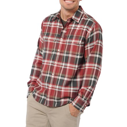 Great style and performance come together in the Horny Toad Watchdog shirt. Polyester hollow-core fibers look like dense wool flannel, but pick the shirt up and you'll be surprised by its lightness. Hollow-core polyester is not only incredibly light, it also traps body heat to keep you warm on cold days. The Horny Toad Watchdog shirt has 2 button-flap chest pockets for stowing travel essentials. - $67.93