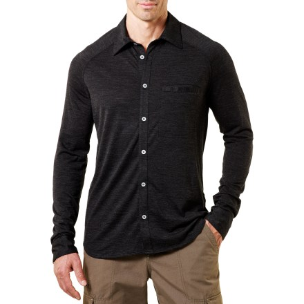 For a night on the town or a day at the office, the soft and comfortable Ibex OD Heather shirt brings warmth to a winter day. Soft merino wool is naturally warm, breathable and water resistant. Raglan sleeves ensure comfort and easy motion. Ibex OD Heather shirt includes a single chest pocket. Machine washable for easy care. Wool meets Zque(TM) standards, ensuring environmental, social and economic sustainability, as well as animal welfare and traceability back to the source. - $74.83