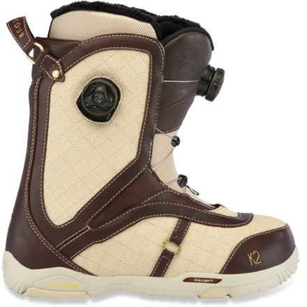 Snowboard K2 Contour snowboard boots are built for women who enjoy cozy feet and Boa(R) no-fuss adjustability. - $139.83