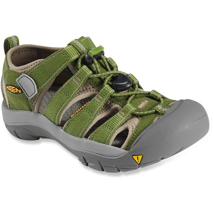Entertainment Made with quick-drying polyester webbing, the all-terrain KEEN Newport H2 sandals provide protection, function and freedom for little feet. Polyester webbing is lined with hydrophobic Styrene Butadiene Rubber (SBR) for fast-drying comfort and fit. Uppers are laced with elastic cord and secure with Quicklocks; 3M(R) reflective pull loops allow easy on/off. Patented toe guards protect little toes while hiking, walking, running and even biking. Metatomical EVA midsoles provide cushioning while antimicrobial footbeds help keep foot odor under control. Non-marking carbon-rubber outsoles offer long-lasting durability; knife-cut siping delivers reliable traction on wet surfaces. - $49.95