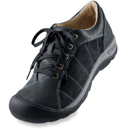MTB It's a bike shoe in disguise! This Keen Presidio Pedal women's bike shoe, modeled after the popular Presidio shoe, features classic oxford lace-up design and bike shoe functionality. - $47.83