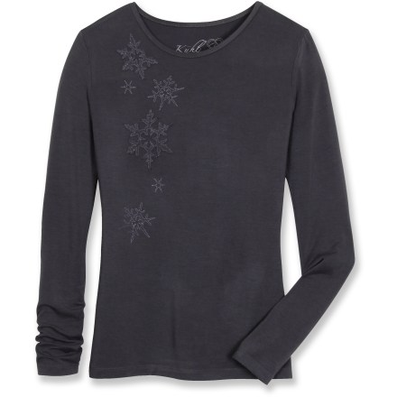 The Kuhl Ottave shirt features a fun snowflake applique that keeps you looking great all winter long. Smooth and soft modal/viscose blend features a texture similar to cotton. Closeout. - $10.73