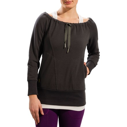 The sassy Lole Gina shirt is a great addition to your closet. Its fleecy fabric takes you from an indoor aerobics class to a post-class smoothie in comfort. Beautiful blend of polyester, organic cotton and elastane has natural wicking and quick-dry properties, as well as a soft hand. Fabric provides UPF 50+ sun protection, shielding skin from harmful ultraviolet rays. Lole Gina shirt features hand pockets and an off-shoulder neckline with drawstring. - $43.83