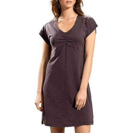 When nothing else but a cute, comfortable dress will do, the Lole Sorenza dress is a smile-inducing choice. - $34.93