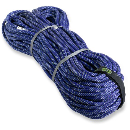 Climbing The Mammut Tusk superDRYTM rope melds high strength, minimal weight, comfortable handling and long life expectancy. - $167.93