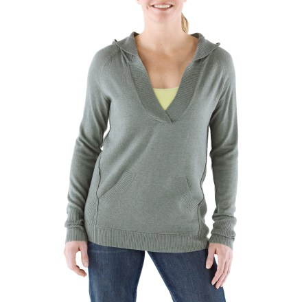 Fitness The Marmot Madison Hooded sweater is a soft, cozy and comfortable midweight sweater that can be worn with jeans or a skirt or even leggings. Wool adds warmth to the durable tri-blend fabric; stretch enhances easy movement and shape recovery. Novelty textured stitching and rib texture at the hem, cuffs and hood opening. Marmot Madison Hooded sweater features a kangaroo pocket. Machine wash in cold water on gentle cycle or hand wash; lay flat to dry. - $62.93