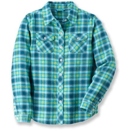 The soft, breathable Marmot Southshore flannel shirt for girls is perfect for warming up while making a campfire or just hanging out on a cool afternoon. Quick-drying, moisture-wicking polyester flannel fabric offers plenty of warmth without the weight. Fabric provides UPF 30+ sun protection, shielding skin from harmful ultraviolet rays. The Marmot Southshore flannel shirt has 2 button-down chest pockets. - $21.83