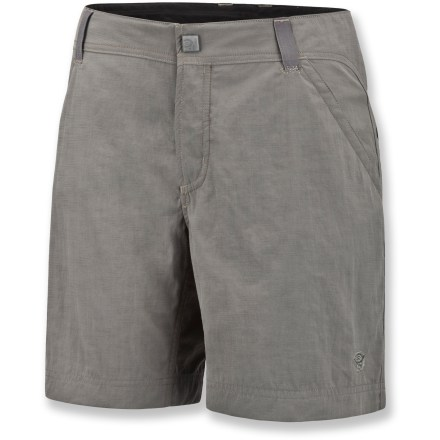 Headed out on an adventure? Choose the Mountain Hardwear Overlook shorts when headed outdoors. New Heights(TM) Slub plain weave nylon with slub yarns for texture; peached finish softens the fabric, and a wicking finish helps pull moisture away from the body. Inner waist drawcord dials the fit; front zip fly, snap closure and belt loops. Full-length inseam gusset provides smooth comfort. Hand pockets and open-top rear pockets. Closeout. - $26.83