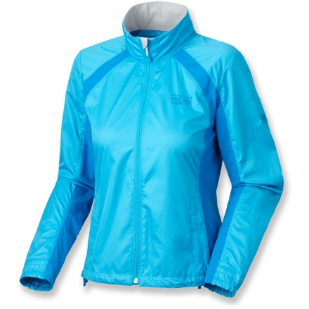 The comfortable Mountain Hardwear Telesto jacket moves with you while you're on the trail or exploring the city. Polyester fabric dries quickly; side stretch panels allow freedom of movement. Zippered chest pocket and handwarmer pockets. Full-length front zipper features zipper garage protects delicate skin. Closeout. - $56.73