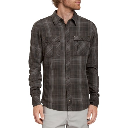 Enjoy the modern style of the Nau Interwoven shirt on your urban excursions. Made from organic cotton for breathable comfort and easy care. 2 button-close chest pockets hold your everyday essentials; small zippered pocket on the left chest pocket secures sensitive items. The Nau Interwoven shirt has a regular fit. - $67.93