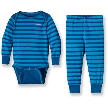 Ideal for extra warmth on blustery days, the quick-drying Patagonia Baby Capilene 3 Midweight set keeps babies and toddlers comfortable. - $24.83
