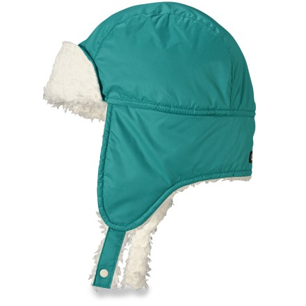 The Baby Shelled hat from Patagonia keeps bitter wind away from her little head. Its skin-pampering fleece interior provides added warmth when the temperatures dip low. Weather-resistant recycled ripstop polyester shell features a Durable Water Repellent finish that sheds light precipitation. Plush fleece interior is incredibly soft and warm. Long earflaps with double snaps provide storm coverage; they fold up and snap out of the way when the sun starts shining. Patagonia Baby Shelled hat has paneled construction for a snug fit. - $16.83