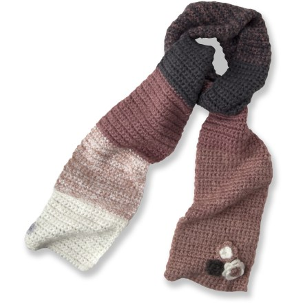 Ski The prAna Fade scarf wraps you in warmth and style. The prAna Fade scarf features a cozy acrylic to keep you warm without being itchy or uncomfortable. Closeout. - $16.83