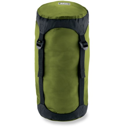 Camp and Hike The REI Lightweight compression sack compacts your sleeping bag, insulated jacket or other gear to take up a minimum amount of space in your pack. - $13.93