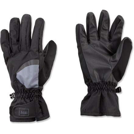 Camp and Hike The REI Minimalist gloves for women help keep your hands warm and dry as you run trails, hike and enjoy other outdoor activities. Lightweight nylon shells are wind- and water-resistant to keep hands warm and comfortable. Soft polyester tricot lining insulates hands and wicks away sweat. Stretch polyurethane palms provide good grip in wet weather. - $23.93