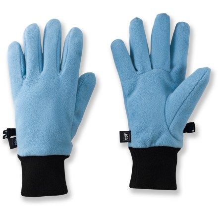 Ski Your little one will enjoy the warmth and comfort of REI Fleece gloves. Soft, non-pilling polyester fleece retains warmth, continuing to insulate even if wet. Special buy. - $6.83