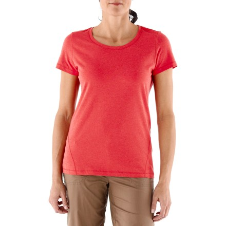Classic yet modern, the REI Manzano T-shirt is perfect for weekdays and even better on the weekends. Made from organic cotton for breathable comfort and easy care; a touch of spandex adds just the right amount of stretch and recovery. Self-fabric binding at crew neck. Side seams wrap forward to slim the design. REI Manzano T-shirt offers a classic, easy fit. - $12.83