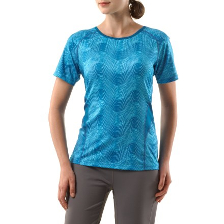 Fitness The REI Fleet T-shirt is a top performer for aerobic activities. Its quick-drying fabric and flattering fit are sure to keep you comfortable during tough workouts. Moisture-wicking fabric dries fast so you won't feel chilled when a breeze kicks up, and mesh inserts along sides and on sleeves increase ventilation. Fabric provides UPF 50+ protection from harmful solar rays. Mesh fabric along back and upper ribs enhance ventilation. Reflective details increase visibility in low light. Flatlock seams reduce chafing. The REI Fleet T-shirt offers an active fit that moves with you during workouts. - $13.83