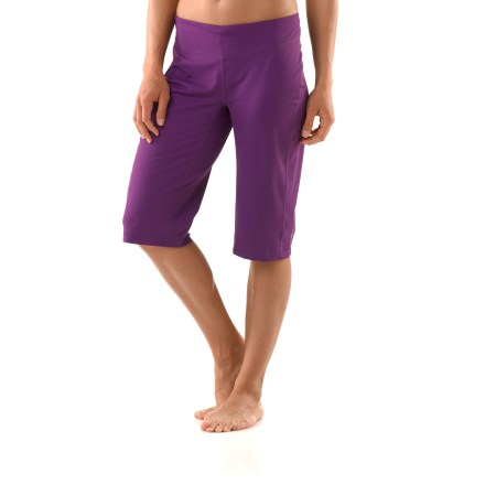 Fitness The REI Sariska knickers are at home on a yoga mat, atop an elliptical trainer or along a local trail. They're also stylish enough for the post-workout smoothie bar. Polyester and spandex blend is substantial, not thin and limp, and it offers moisture-wicking comfort and easy support. Brushed finish feels soft against skin. Fabric provides UPF 50+ sun protection, shielding skin from harmful ultraviolet rays. Comfortable waistband with internal drawcord personalizes the fit. Gusseted crotch increases range of motion, slight vent at back of knees enhances range of motion. Side seams are specifically designed for yoga, and they stay out of the way during side floor poses. The REI Sariska knickers offer an active fit that moves effortlessly with the body and won't bind or twist. Please note that only the Dark Plum, Blue Periwinkle and Bright Fuschia colors feature and embroidered back waistband. - $9.83