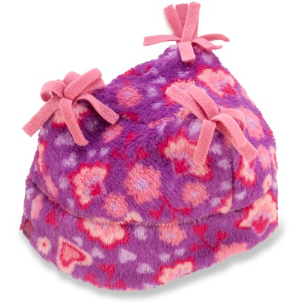 Entertainment The REI Snowy Creek Tri-Top hat sports a warm microfleece lining and distinctive rough-out seams that will cloak your little girl's cranium in cozy comfort. Luxurious microfleece lining is soft against the skin and efficiently wicks away moisture. - $10.93