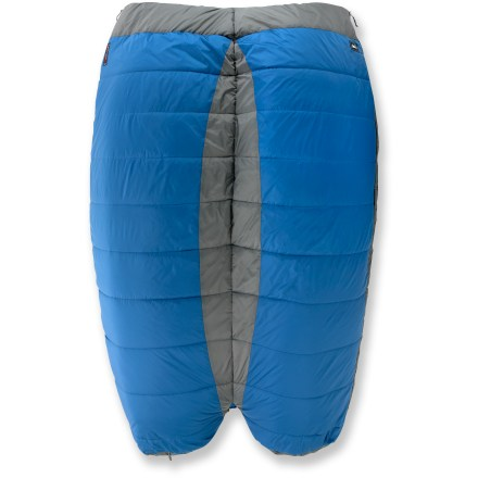 Camp and Hike The double REI Siesta +30/40 sleeping bag supplies camping comfort in a roomy bag for 2, with the option of 2 temperature ratings. - $107.73