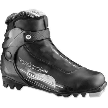 Ski The women's Rossignol X5 FW cross-country ski boots combine comfort and support to keep recreational skiers and active enthusiasts cruising along the groomed trails. - $83.93