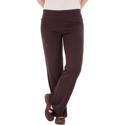Camp and Hike For comfort and style, the Royal Robbins Enroute pants are a great choice. Soft and supple, these pants are sure to please. Acrylic/wool fabric blend is wrinkle-resistant and quick-drying, and incredibly soft against your skin. Enroute pants have an asymmetric waist panel, a contemporary rise and boot cut legs. 2 zippered pockets: 1 in back, 1 in front. Closeout. - $25.83