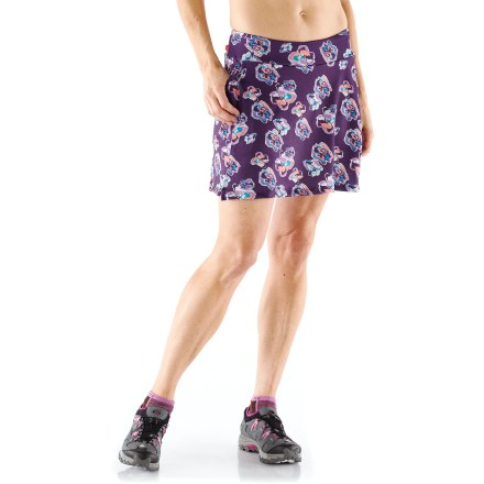 Fitness This Terry Flare padded bike skort offers skirt styling with the support and comfort of cycling shorts. Skirt is an incredibly soft polyester/spandex blend that extends leg coverage when you're off the bike. Mesh inner shorts offer a streamlined fit and are made of silky-soft matte nylon/spandex that supports muscles and dries quickly. Flex chamois features seamless construction, 4-way stretch; strategically placed, multilevel densities reduce pressure points. Gentle elastic in the leg openings keeps shorts from creeping up. Features a wide pull-on waistband for comfort in an aerodynamic position on the bike. Twin hip pockets hold small essentials. Closeout. - $45.73