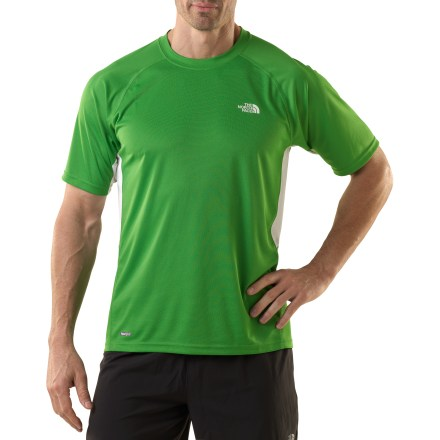 Fitness In The North Face Flex Crew shirt, you'll experience the breathability of performance fabric. Mesh fabric in the high-heat areas under your arms and along your sides ensures you stay as comfortable as possible. Mesh areas also feature an innovative silver salt treatment that fights odors. The rest of the VaporWick(R) fabric keeps up with hard-working pores, taking moisture from your skin and moving it to the outside surface for quick evaporation. You'll run farther without chafing thanks to the flatlock seams. Droptail hem gets rid of lower-back chill when you bend at the waist. A UPF rating of 30 protects your skin in bright sunlight. The North Face Flex Crew shirt features a relaxed fit. - $20.93
