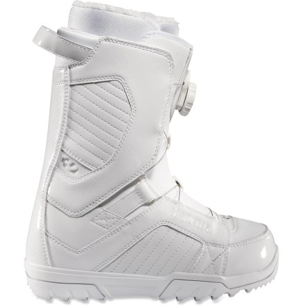 Snowboard STW Boa snowboard boots have spun their way into the #1 position in the thirtytwo lineup. Whether you're spinning in the park or spinning the Boa(R) lacing system, you'll totally dig these boots. - $79.83
