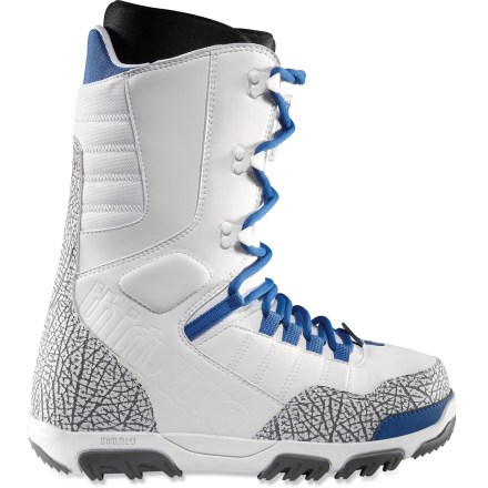 Snowboard When it's time to transition from tourist to local, look to the thirtytwo Prion snowboard boots. A medium flex offers comfort and support for the fast-progressive rider. - $66.83