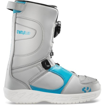 Snowboard The thirtytwo Boa(R) snowboard boots for kids offer an easy way for them to secure their boots closed. They'll love the convenience and comfort; you'll love the price. - $54.83