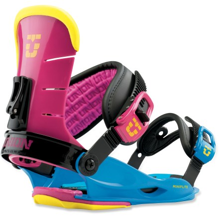 Snowboard The Union Mini Flite kids' bindings are built kid-size and built to last. Freestyle-oriented design provides comfort, support and forgiving flex for stomping the entire mountain. - $54.83