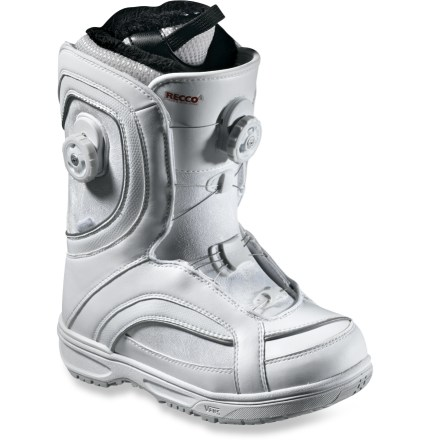Snowboard Some women prefer the finer things in life, and the Vans Veil Boa Focus boots are one of those things! These versatile boots offer a combination of custom fit options and tunable flex capabilites. - $149.83