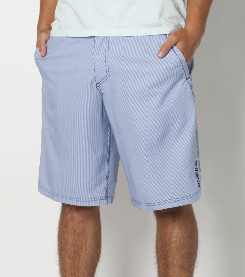 Surf O'Neill Loaded 2 Shorts.  New epicstretch.  Printed boardshort with zipper fly closure; internal drawcord ; belt loops; onseam hand pockets; back welt zip pocket and  embroidered logos. - $39.99