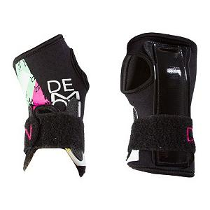 Snowboard Demon Womens Wrist Guard 2013 - Boarding is awesome, broken or sprained wrists are not. Why risk ruining your day with a hurt wrist when you can protect yourself with these awesome guards by Demon. These low profile wrist guards are slim enough to fit under your gloves and sturdy enough to keep your wrists safe and the neoprene that it is made of is comfortable and durable to last through several seasons. . Model Year: 2013, Product ID: 281878 - $19.99
