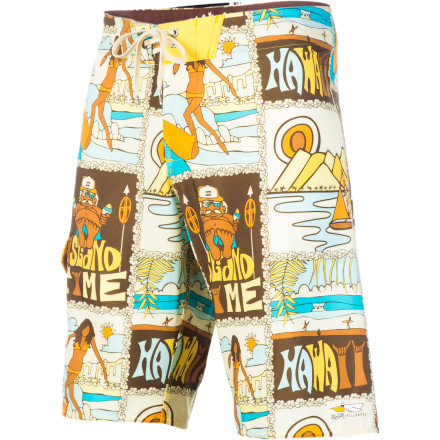 Surf Keep track of all the breaks you've surfed on the Billabong Postcard Board Short. The Postcard's four-way mechanical stretch fabric lets you move freely without binding, and the Recycler Zero Gravity fabric will make you feel good about saving the world. - $41.62
