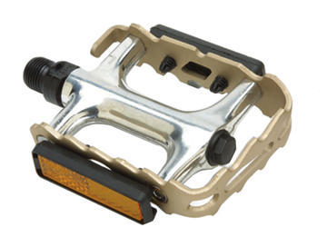 Giant's Pro Alloy MTB Pedals are a nice upgrade for your off-road ride or urban street machine. They boast light and durable aluminum bodies and toothed cages for a great grip. You'll also appreciate the sealed bearings for excellent performance and reflectors for visibility. Plus, they are compatible with toe clips and straps (sold separately). - $24.99