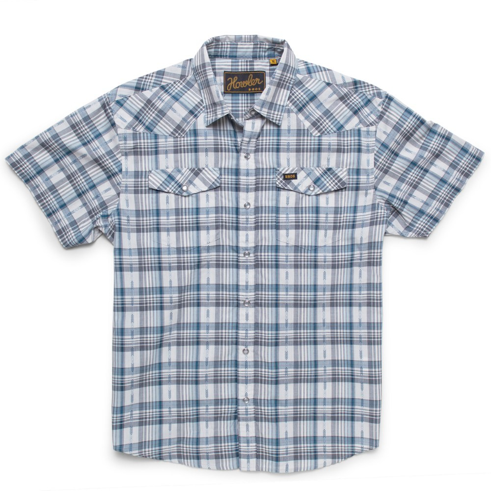 On the beach, ranch or the bottom of a duffel on your next cross-country flight, the men's Howler Brothers H Bar B Snapshirt promotes easy comfort with quick-drying, wrinkle-resistant fabric. - $69.00