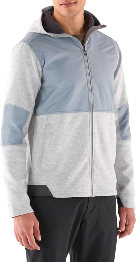 A perfect fit for your active life, the Royal Robbins Rocktown Hybrid hoodie offers an easygoing midweight layer of comfort when you're reaching for that next hold or running after the bus. - $129.00