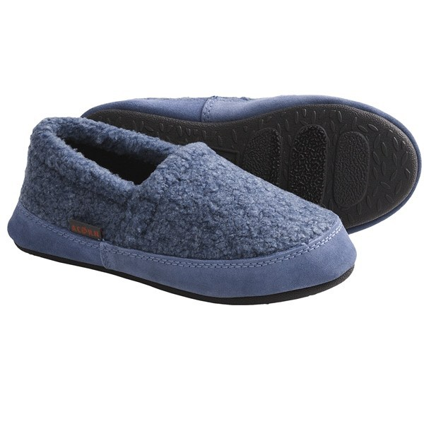 CLOSEOUTS . After a long day of school and play, your little man needs the comforting touch of Acorn's textured Berber moccasin slippers lined with soft, warm Berber fleece. Available Colors: HARBOR, CLOVE, TRUFFLE, POWDER BLUE, TOFFEE, BLACK BEAR, BLACK BERBER, DENIM, MUSHROOM, NAVY, BLACK, BLUE CHECK. Sizes: 9.5/10.5, 11/12, 12.5/13, 1/2, 2.5/3.5, 4/5, 12.5/13.5, 8/9, 9/10. - $18.71