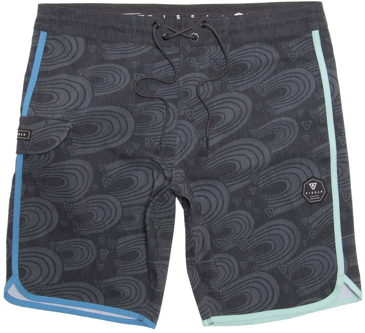 Washed 4-Way stretch boardshorts made with coconut fibers. All over printed boardshort with contrast fabric scallop binding side pocket tethered waistband and Vissla woven labels. Key Features of Vissla Surfrider 19.5in Boardshorts     Tethered Waistband  4-Way Stretch  Repreve  Upcycled Coco/Poly/Cotton Stretch  Cocotex  Triple Needle Stitching  HIGH H20 Repel  UPF 50 - $42.95