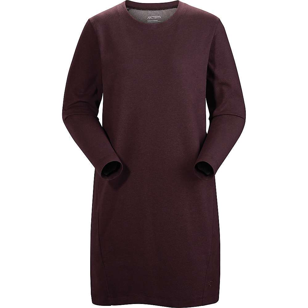 The Arc'teryx Women's Sirrus Dress is a tunic style dress for everyday wear. Friday in the office, lunch on a Saturday, pair with leggings and get out the door. The DryTech stretch double knit fabric is a cotton, polyester and elastane blend, which not only delivers comfort but wicks moisture and dries fast. Relaxed Fit plus two hand pockets with zippers make it easy to wear anywhere. Features of the Arcteryx Women's Sirrus Dress Slightly textured plaited cotton has a soft face, polyester wicks moisture Relaxed tunic style is flattering on a number of body types Crew neck line Two invisible zipper hand pockets Fabric Details 88% Cotton, 10% Polyester, 2% Elastane - $99.00