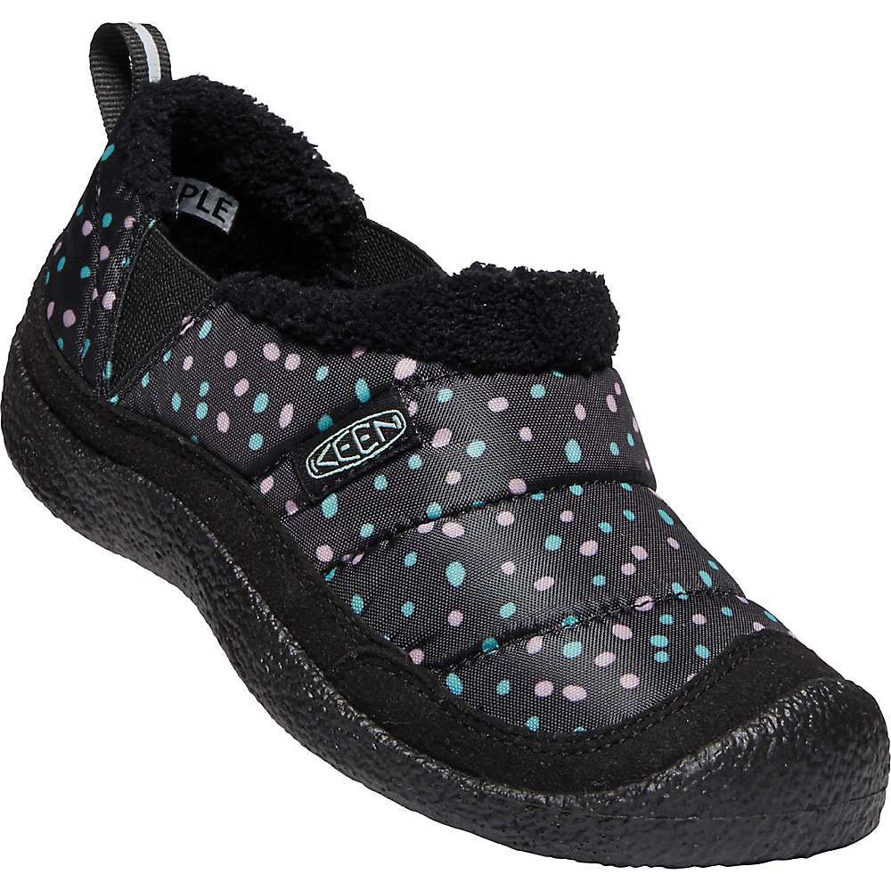 The KEEN Kids' Howser II Shoe is a cozy slipper for in house wear that is capable of a little bit of outdoors. Cozy fleece interior with a rubber Outsole to prevent slips. Eco Anti-Odor provides natural odor control, so let your kiddos lose their socks and throw these on instead. PJs all day and happy, comfortable feet. Marathon some cartoons, get up for snacks, and no worries about siblings touching each other with cold feet. Features of the KEEN Kids' Howser II Shoe Lightweight Performance mesh Upper Elastic Gore for easy on and off Fleece lining for warmth PU and EVA foam insole for ultimate step-in comfort and support Direct-attach PU Midsole for resilient, long-lasting cushioning Eco anti-odor for natural odor control - $54.95