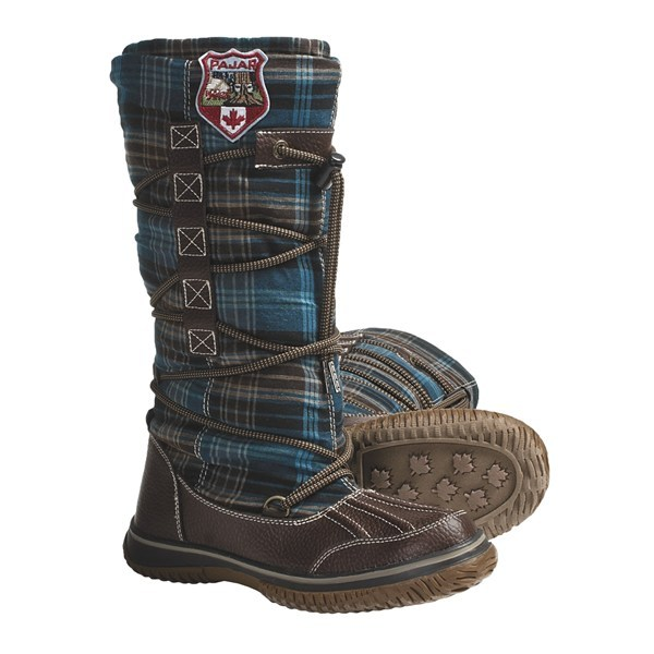 Ski CLOSEOUTS . Warmth and style are all wrapped up and ready to go in Pajar's Andree lace wrap boots. An adjustable 360-degree lace wraps around the classic plaid shaft, and plush faux-shearling lining and 200g insulation keeps feet cozy. Available Colors: GREEN/BROWN PLAID, GREEN/BLACK PLAID, PURPLE/BROWN PLAID. Sizes: 36, 37, 38, 39, 40, 41, 42. - $37.82