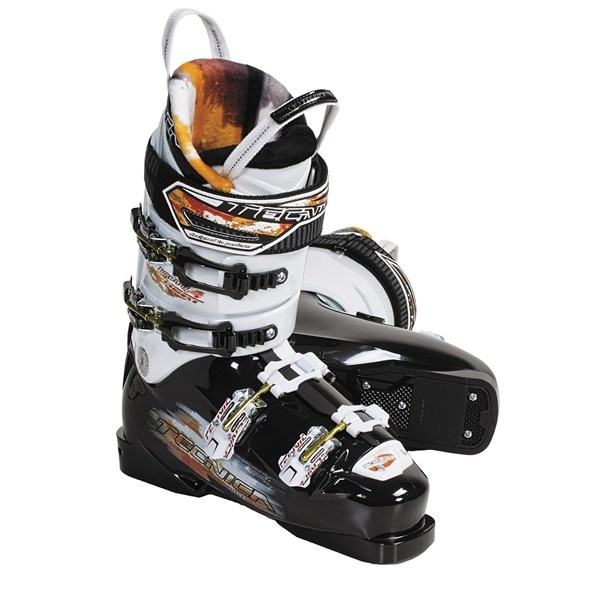 Ski CLOSEOUTS . Tecnica Inferno Heat ski boots will help you take your skiing experience to the next level, with a forgiving flex, multiple design innovations and a surprisingly accessible, low-volume profile. Available Colors: BLACK/WHITE. Sizes: 7, 7.5, 8, 8.5, 9, 9.5, 10, 10.5, 11, 11.5, 4.5, 5.5, 6.5. - $103.82