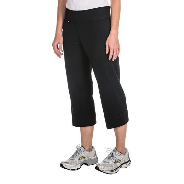 Fitness CLOSEOUTS . Post-workout or mid-day yoga session, Woolrichand#39;s Lunar capris offer a stretchy, versatile design that suits your busy, active lifestyle. The reflex-stretch nylon is light and non-restrictive with a UPF 40 sun protection and performance-ready finish. Available Colors: BLACK. Sizes: XS, S, M, L, XL. - $25.62