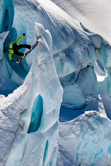 Snowboard Jussi Oksanen at Ice Station Zebra glacier in Methven, New Zealand